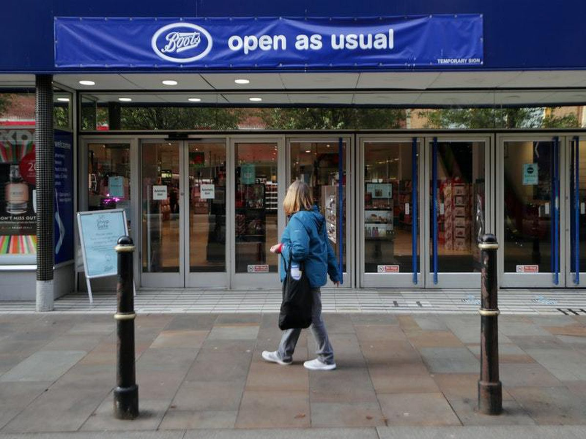 Shops to be allowed 24/7 trade as high street attempts pre-Christmas recovery