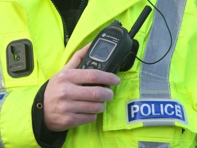 Two men attacked in their cars in Glasgow street