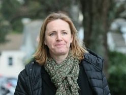 Nurses struggling to pay bills, says deputy