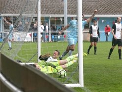 Saints suffer first defeat on a messy afternoon