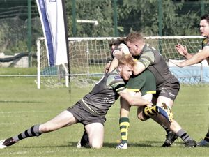 Matt Armstrong and Dom Rice combine to make a tackle. (Picture by Mike Marshall, 30071470)
