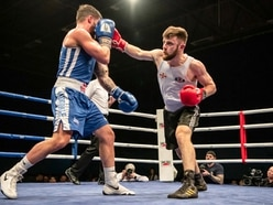 Bill-topper Sumner marks 50th fight in great style
