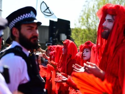 In pictures: Extinction Rebellion climate protests continue