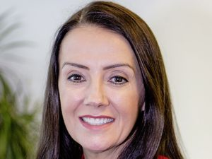 Sue Fox, HSBC (29276711)