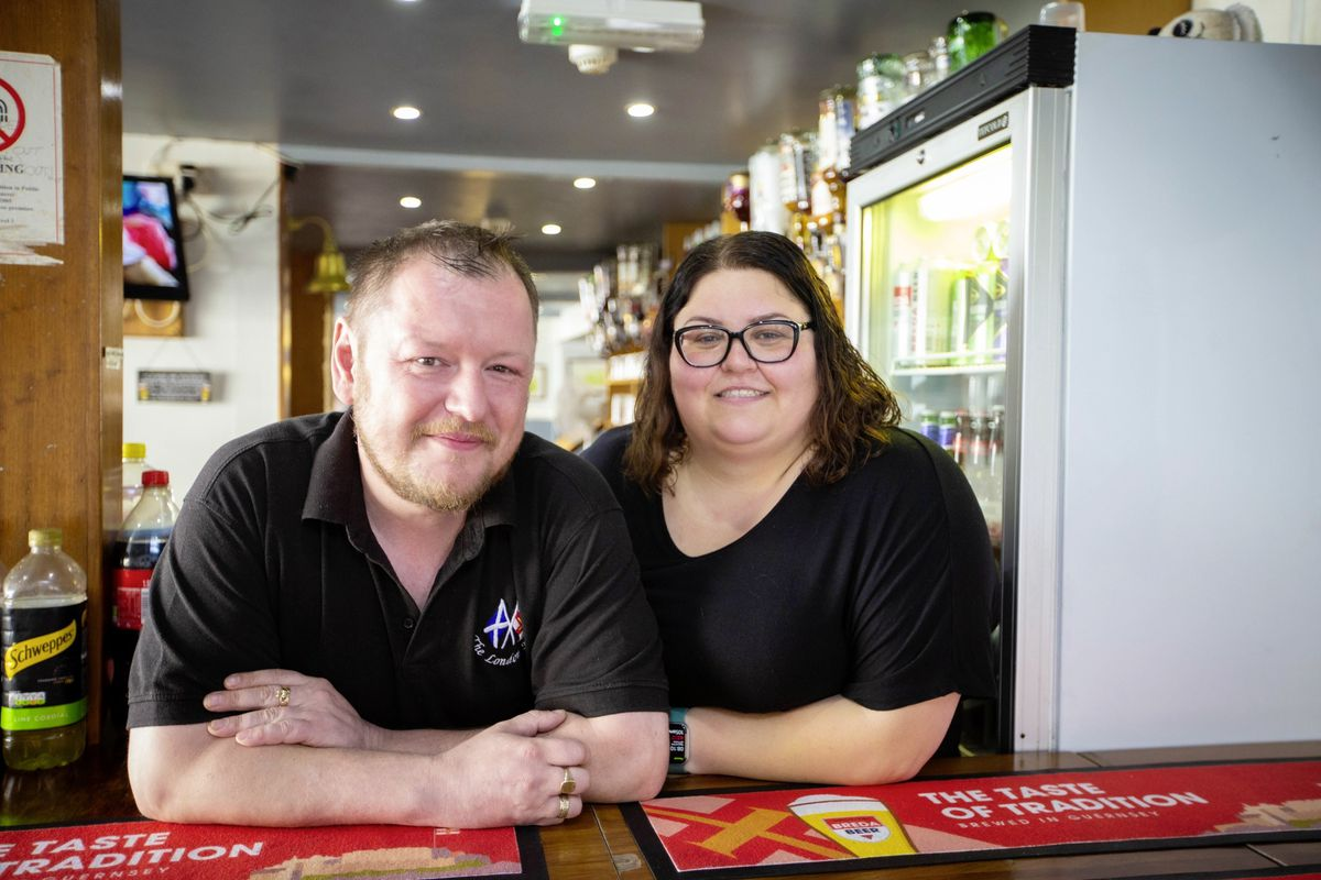 Peter Emans and Vanessa Pilot are the landlord and landlady of The London House Pub. (Picture by Peter Frankland, 29880133)