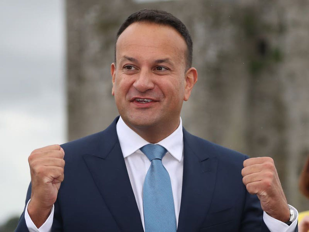 Leo Varadkar welcomes decision by UK to delay post-Brexit checks