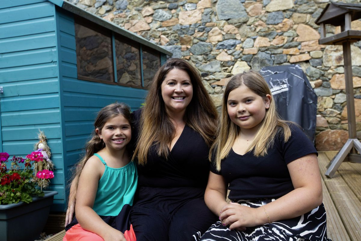 Claire Ellis with daughters Olivia (7), left, and Imogen (11). (Picture By Cassidy Jones, 29847301)