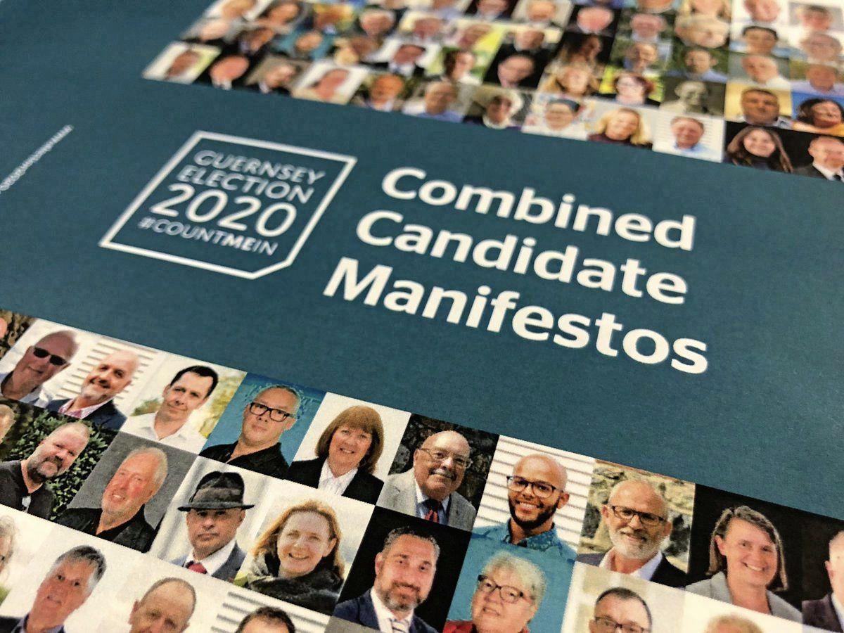 'The mammoth bumper book of manifestos.' (28716527)