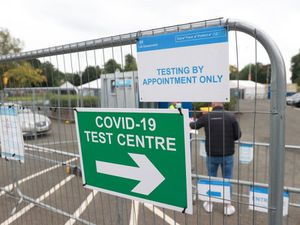Covid infections in community in England drop for second week in a row – ONS