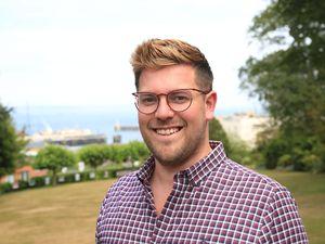 Darren Alderton. (29853932)