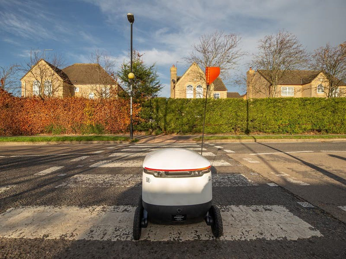Co-op expanding use of robots to deliver goods