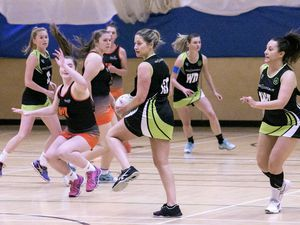 Pic by Adrian Miller 13-10-20 Les Beaucamps - netball - Blaze B v Resolution IT Black.. (28795768)