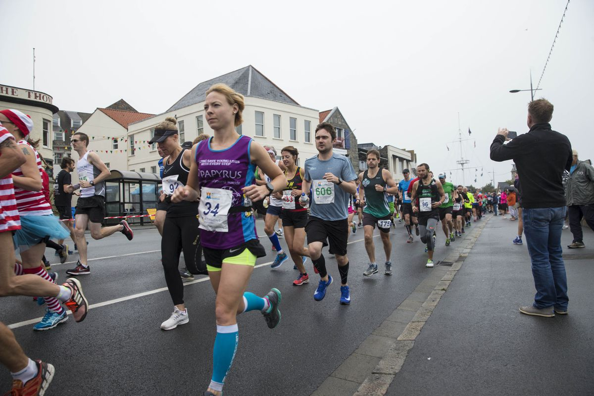 The last Guernsey Marathon in 2018 attracted a large proportion of visiting runners. This Sunday's race is set for a big field made up of locals. (Picture by Peter Frankland, 28820657)