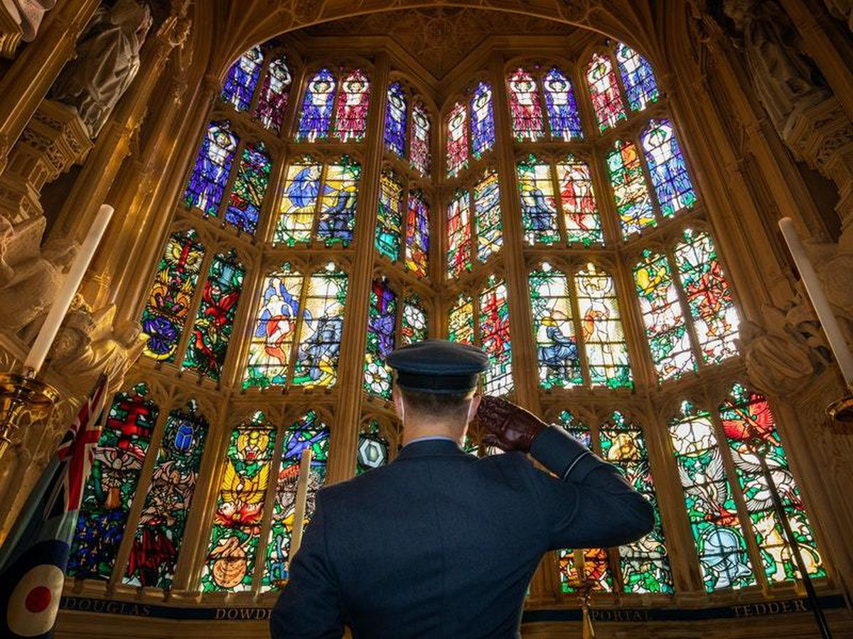 'Selfless' Battle of Britain heroes and NHS staff hailed at anniversary service