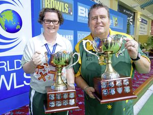 Champions: Guernsey's Lucy Beere and Australia's Jeremy Henry won the respective women's and men's singles titles at the Bowls World Cup in Warilla. (20926387)