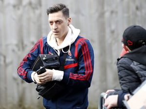 Mesut Ozil reflects on 'amazing journey' after completing move away from Arsenal