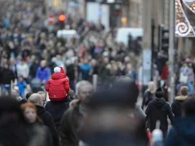 Romanian is second most common non-British nationality in UK