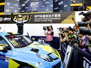 111 PRIAULX Andy, (GRB), Cyan Performance Lynk & Co, Lynk & Co 03 TCR, action during the 2019 FIA WTCR World Touring Car cup of Macau, Circuito da Guia, from november  14 to 17 - Photo Clement Marin / DPPI Andy Priaulx wins in Macau.. (26381315)