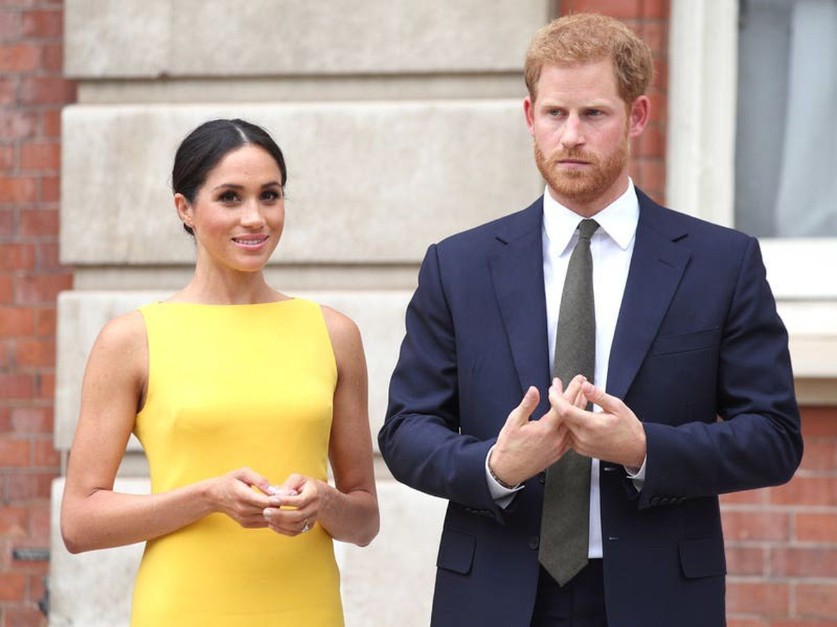 Palace yet to comment on Harry and Meghan's explosive interview