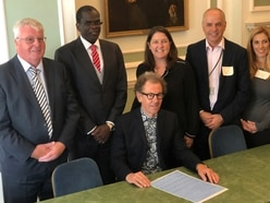 Bailiwick islands among seven to sign environment charter