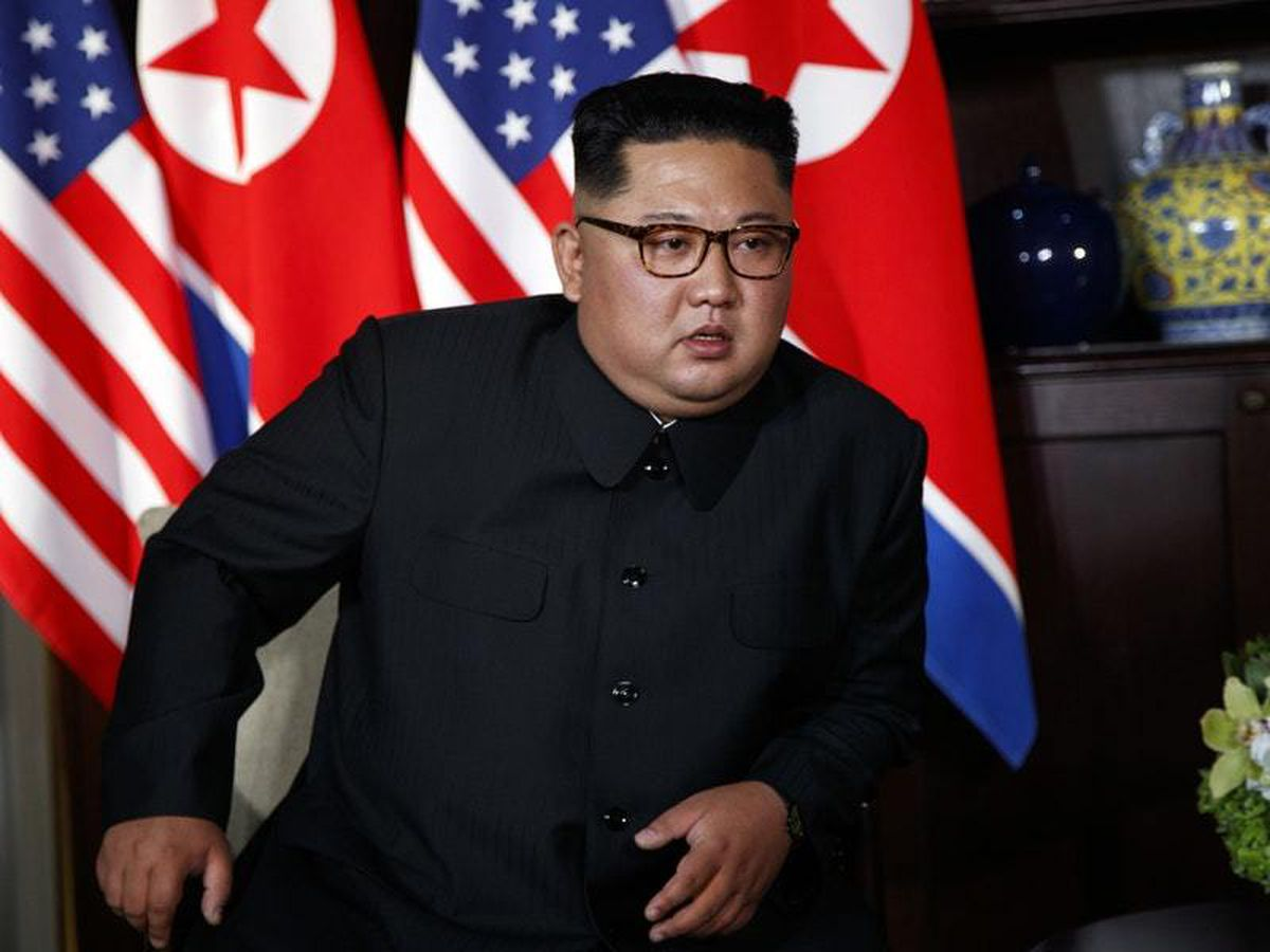 What do Kim Jong Un's suit, shoes and hairstyle tell us about him?
