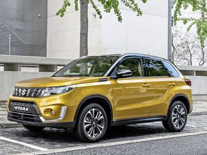 The Japanese SUV gets a subtle facelift, new engine line-up and more standard equipment (22170692)
