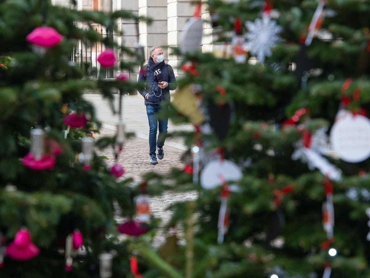 Banning Christmas would lead to breaches, expert says
