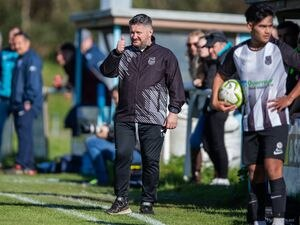 St Martin's coach Leon Meakin. (Picture by Martin Gray, www.guernseysportphotography.com)