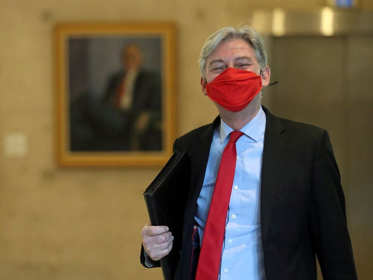 Political rivals pay tribute to 'decent' Richard Leonard as he steps down
