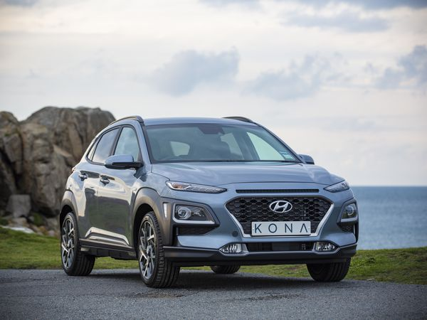 Picture By Peter Frankland. 19-11-19 Car test for Drive. Hyundai Kona hybrid.. (26484965)