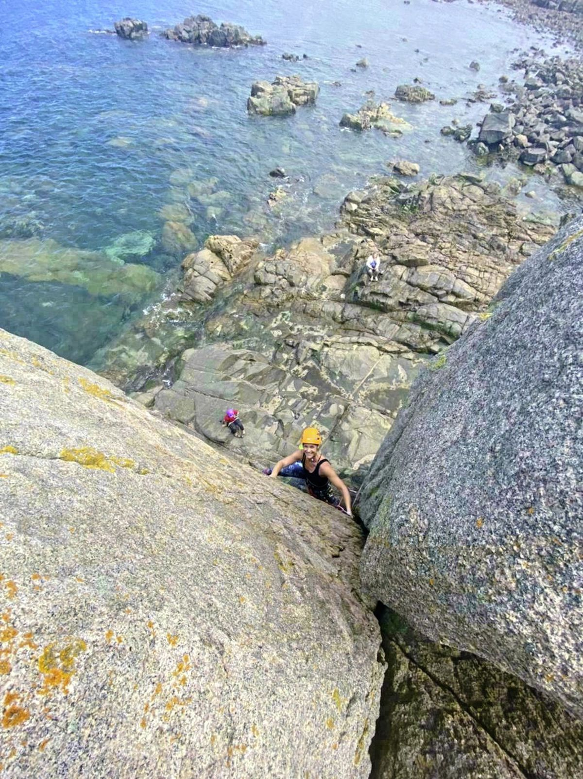 Nicky Pledger completing the first of her 30 outdoor climbs in 30 days. Picture by Zoe Fitch. (29727094)