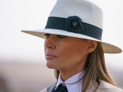 Melania says she loves Trump and ignores cheating rumours