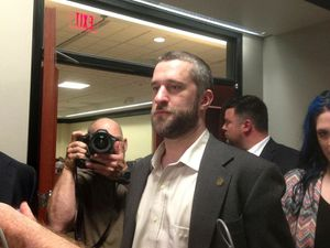 Dustin Diamond undergoing chemotherapy treatments for cancer