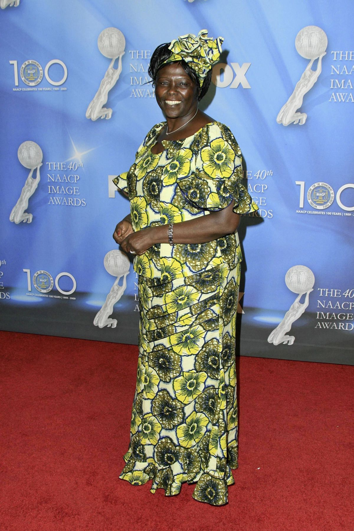 Wangari Muta Maathai at the 40th NAACP Image Awards. Shrine Auditorium, Los Angeles, CA. 02-12-09 (29295398)