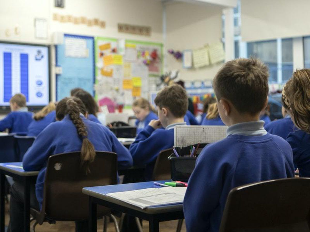 More than a million children were in workless households last year
