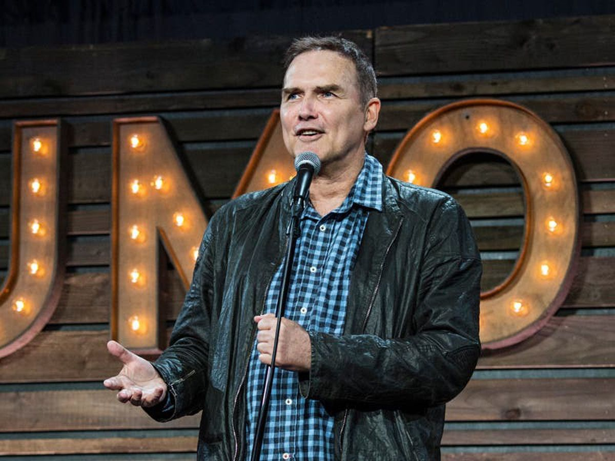Former Saturday Night Live comic Norm Macdonald dies of cancer