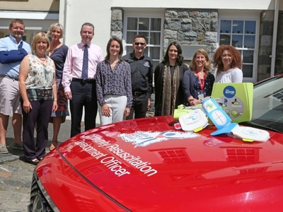 Firms buy defibrillator for Lower Pollet