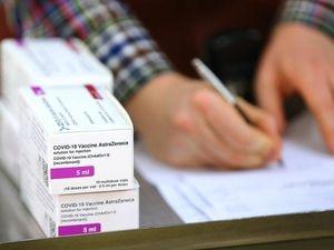 Doses of the Oxford University/AstraZeneca Covid-19 vaccine (29078901)