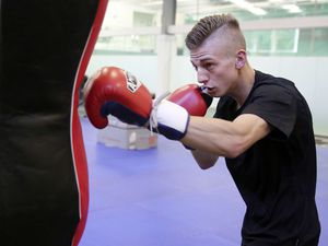 Photo By Steve Sarre 08-06-15.Indoor Cricket Centre My Fitness.Bradley Watson is signing a contract with boxing promoter frank warren on Wednesday. (24184999)