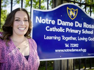 Picture By Cassidy Jones. 12-08-21 Bonny Murray. Teacher of the Year Pride Awards.. (29867765)