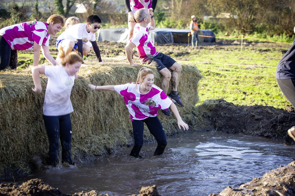 Picture by Sophie Rabey.  29-11-20. Muddy Cow Fun Run Vazon/Grande Mare. Savannah Goddard (28962998)