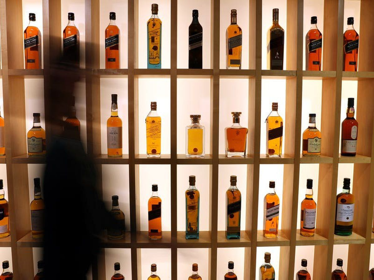 Spirits giant Diageo to post sales fall amid pub and bar closures