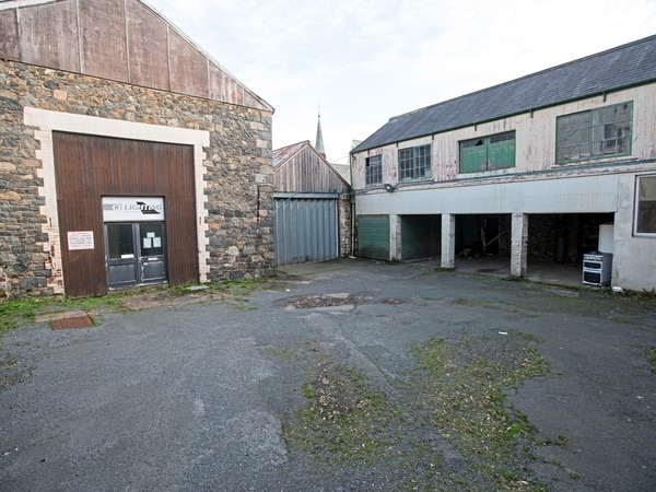 Former CI Lighting site in need of 'thorough pollution checks'
