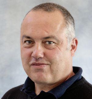 Colin Leach