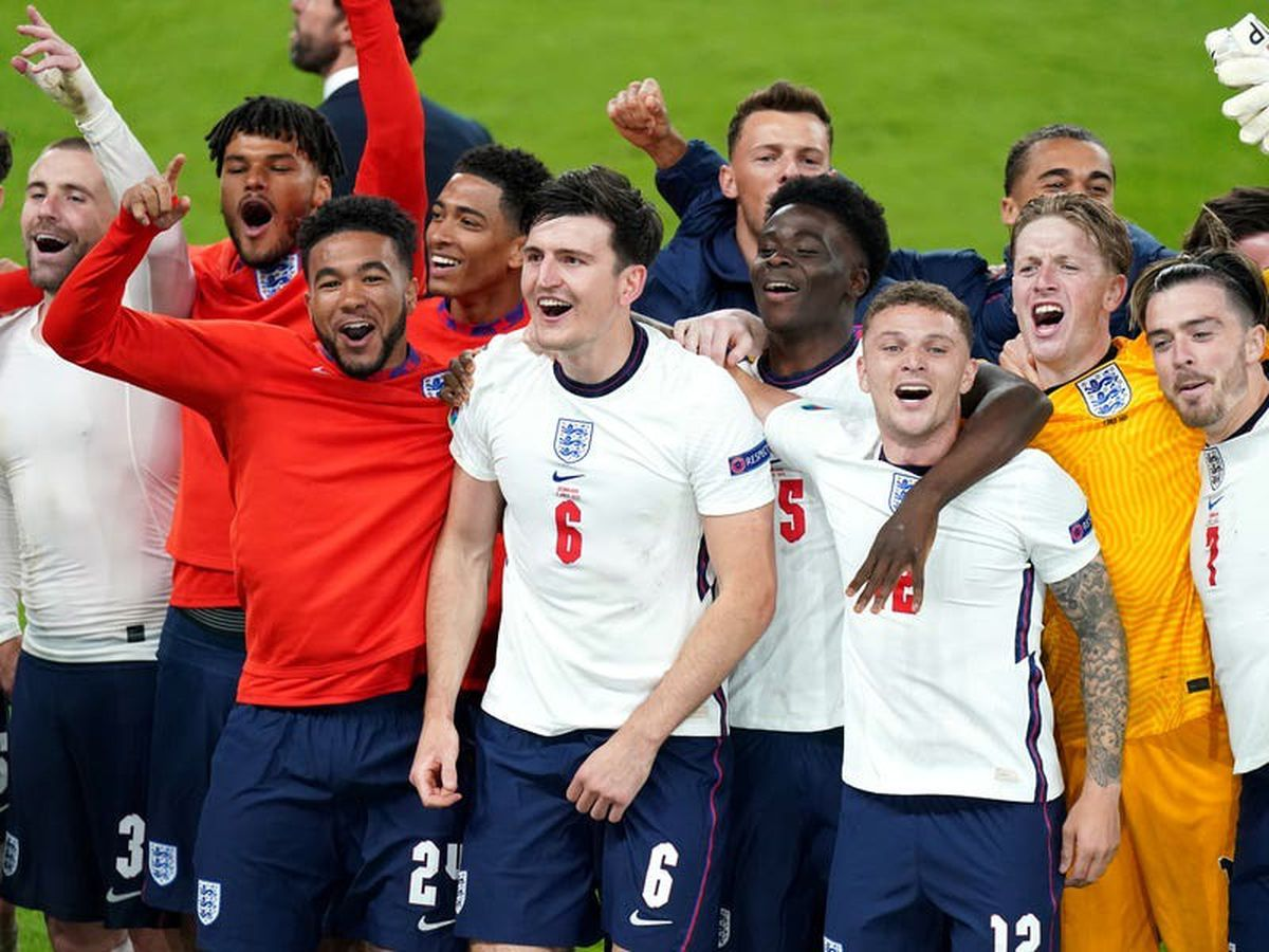 England move up to third in FIFA world rankings