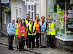 Left to right: Ian Rabey, chairman of Living Streets, Ali Bisson, OSA, Rachael Taylor, OSA, Chris Goldsbrough, Specsavers, Lisa Topping, OSA, Tom Le Pelley, Living Streets, Belinda Windsor, OSA and Pat Wisher, Living Streets.  (28916514)