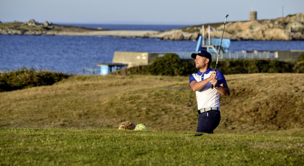 Steve Mahy eyes up his approach to the 17th. (Picture by Gareth Le Prevost, 28541154)