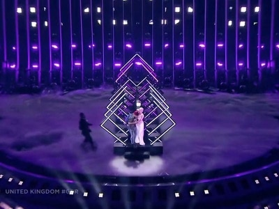 Stage invasion fails to boost SuRie's Eurovision score