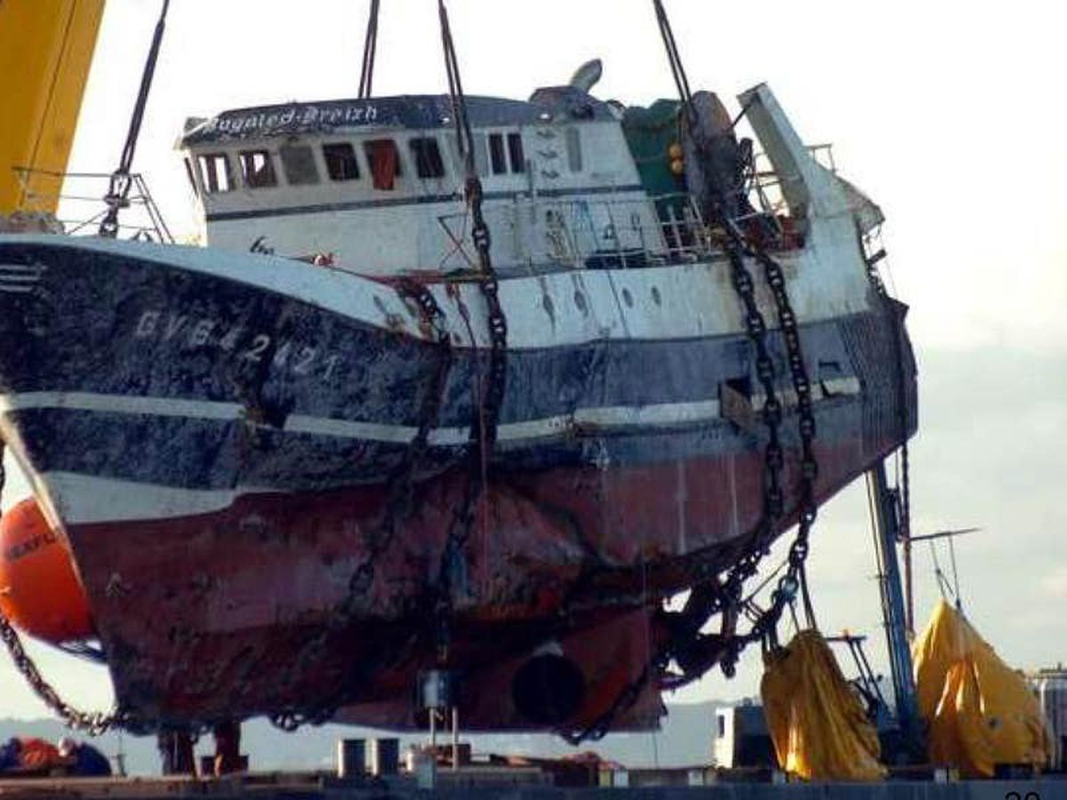 No evidence British or allied submarines sank French trawler, inquest hears
