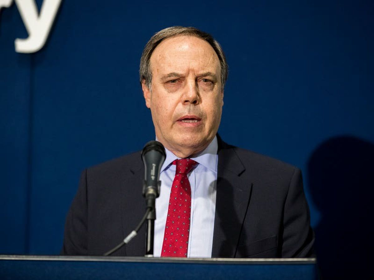 Nigel Dodds confirms he will step down as DUP deputy leader